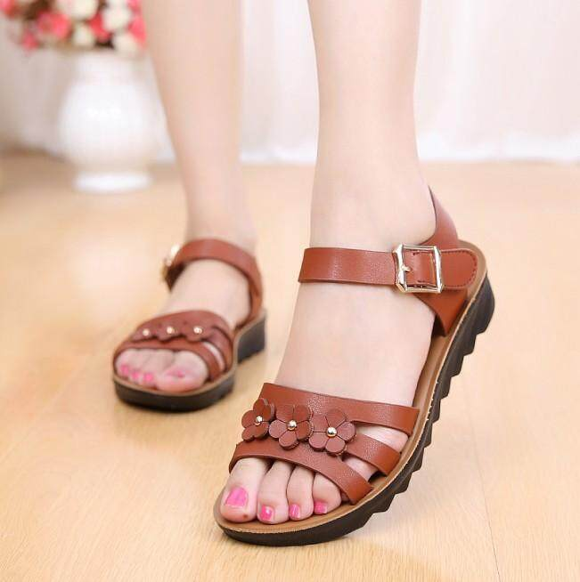 b7b4aef17705ba Flat Soft Bottom Flowers Middle Aged And Elderly People Anti-slip Sandals  Schick Versatile 2018