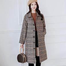 Mantel Wanita Musim Dingin Wol Kancing Mantel Saku Kebesaran Panjang Jas Hujan Kotak-kotak Pakaian