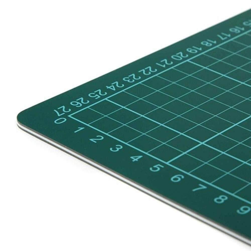 Cutting Mat A3 Size, 457 x 305mm (Item No: B12-13) A1R1B128