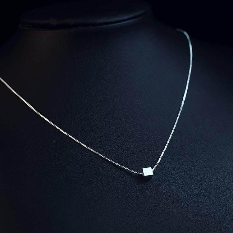 【Cinta kubus】S925 sterling silver kalung wanita rantai klavikula pendek mode manis bintang liontin