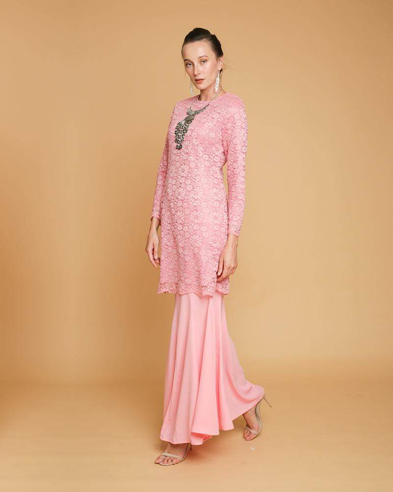 Terokai ketibaan baru dan terperinci lagi Baju Kurung Lace Adalia ... 91d44dec0d