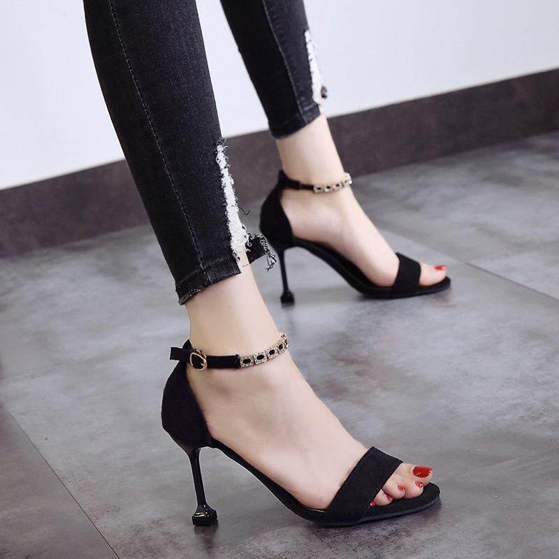 6d4e8034dfff46 Open Toe 2018 New Arrival Summer Luxury Women Shoe Fashion Gold Chain High Heels  Sandals Elegant