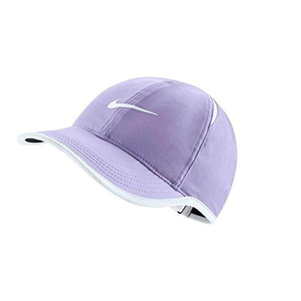NIKE Men`s NikeCourt AeroBill Featherlight Adjustable Dri-Fit Tennis Hat  (One Size 9a5fb9c199cf