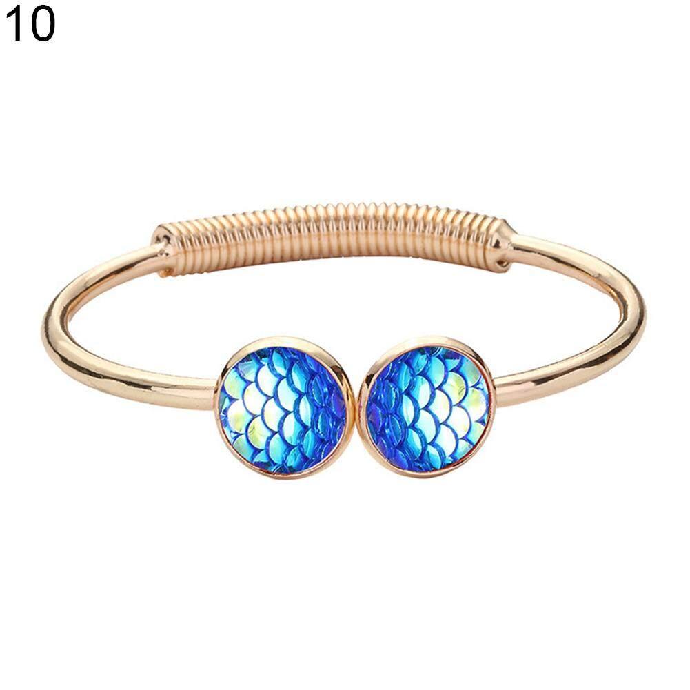 manik-manik dan hati wanita gelang perhiasan -. Source · Bluelans .