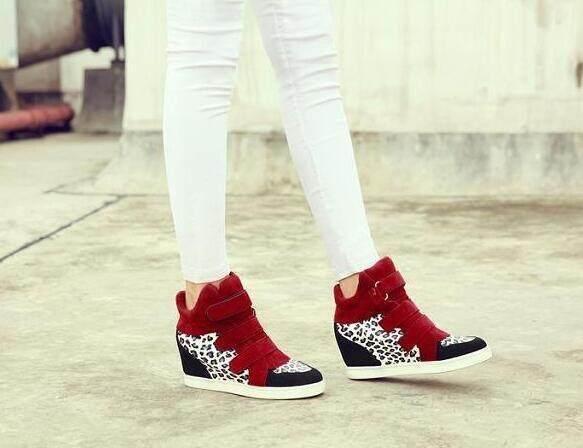 Perdagangan luar negeri Korea womens sepatu bintang dengan ayat yang sama matte kulit Velcro meningkatkan sepatu sepatu womens sepatu tinggi grosir Merah