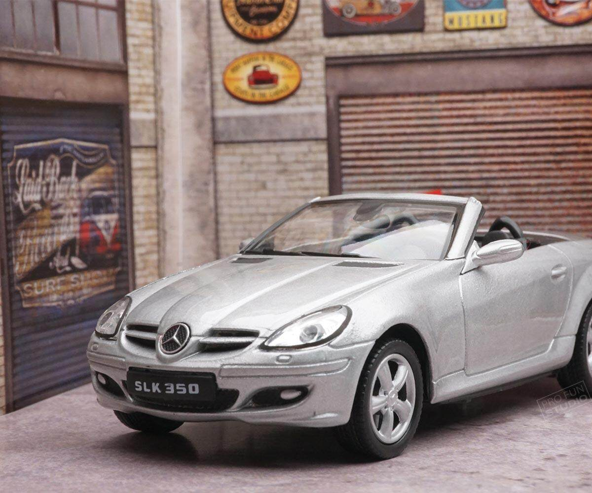 Welly Mercedes Benz SLK350 SLK-Class Racing 1:43 1/43 Diescat Car model Silver Limited Stock in World High Simulation