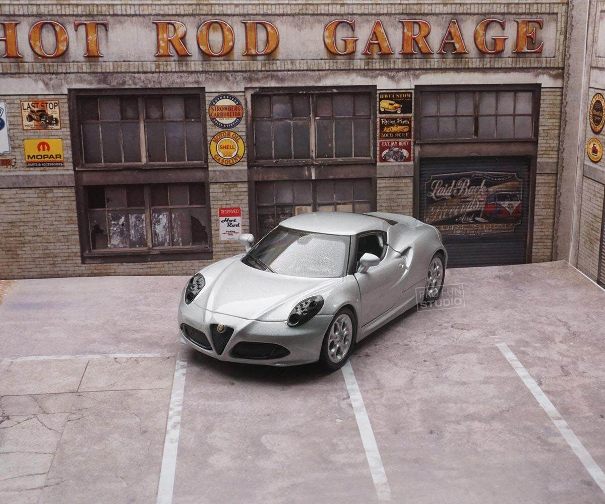Welly Alfa Romeo 4C 2015 1/36 1/32 1/34 Diescat Car model Silver Limited Stock in World