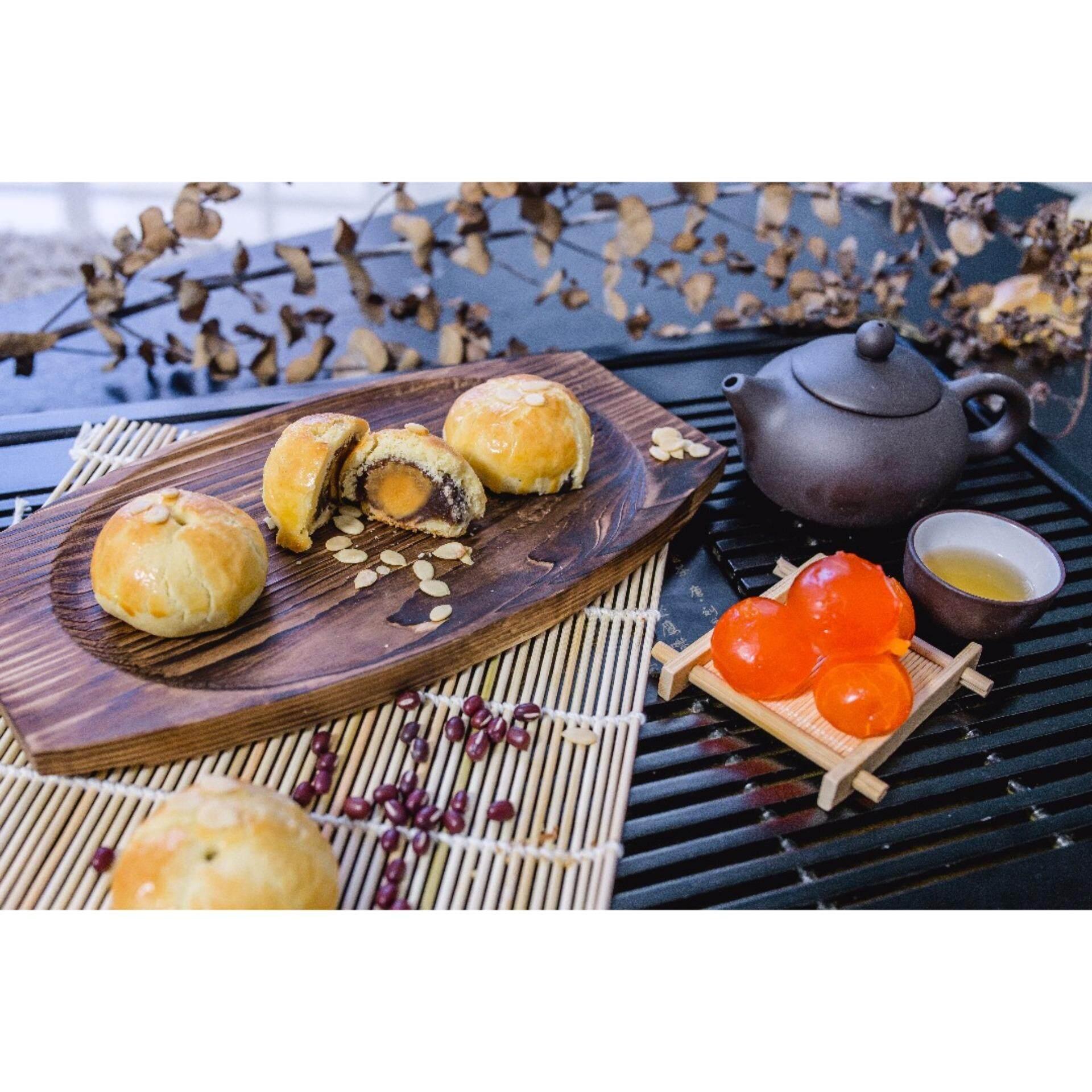 Hejia Shanghai Mooncake - Feicui Pandan Lotus Flavor With Yolk (6 Pieces in a Box)   + (6)