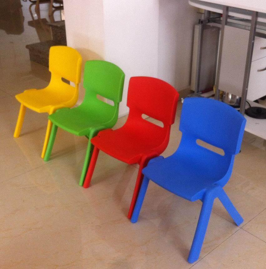เช่าเก้าอี้ เชียงใหม่ อนุบาลโต๊ะและเก้าอี้พลาสติกขนาดเล็กเก้าอี้เก้าอี้เด็กเก้าอี้พลาสติกนักเรียนเก้าอี้หนาวัสดุ