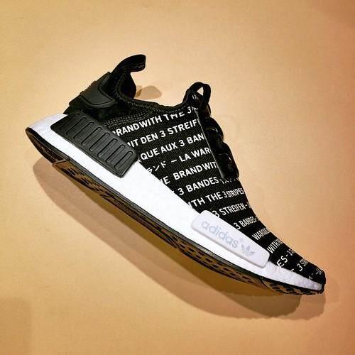 ยี่ห้อไหนดี  สระบุรี ขายดี Adidas NMD R1 รองเท้าผ้าใบบูสรองเท้าวิ่งผู้หญิง & ผู้ชายรองเท้า
