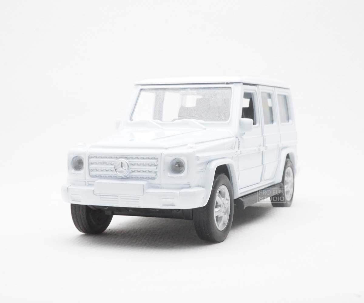 Welly Mercedes-Benz G-Class SUV 2015 1/36 1/32 1/34 Diescat Car model - White
