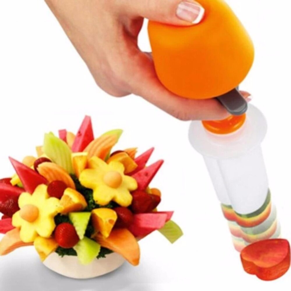 6pcs Creative Kitchen Pop Chef Tools Plastic Fruit Shape Cutter Slicer Food Maker for Festival Party (Circle & Heart & Flower & Butterfly & Sun & Star Shape)