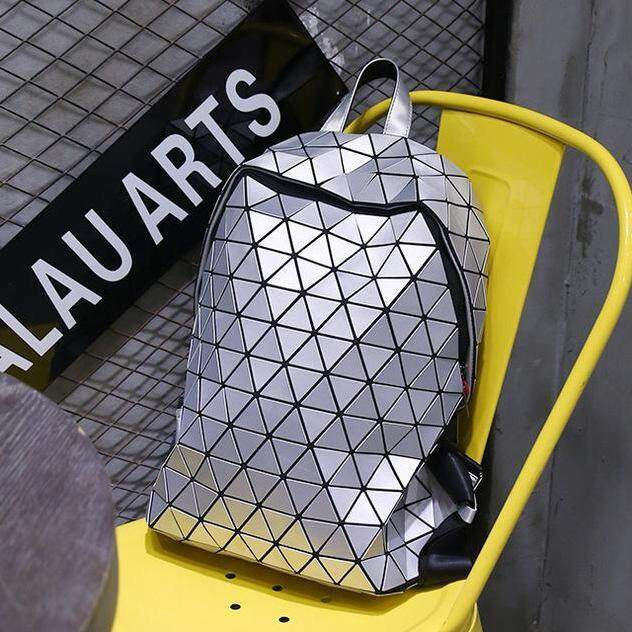 ALP Bao for Men and Women Unisex Stylish Lifestyle Fashion 2018 / 2019 3D Backpack Triangle Pattern Geometric Rhombic Shiny Petal Plated Bag (Silver White)