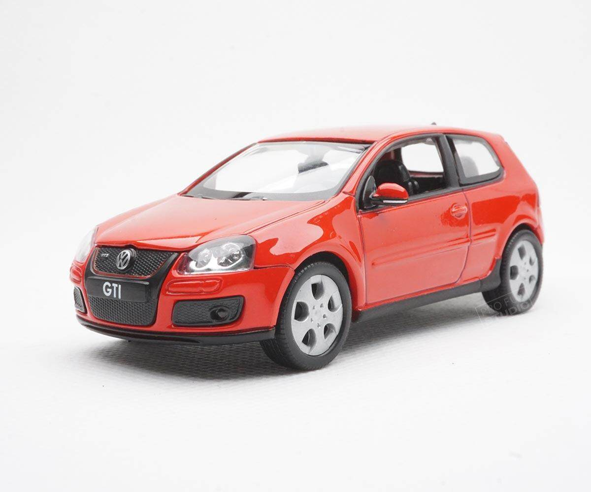 Welly Volkswagen Golf GTI 1:43 1/43 Diescat Car model Red