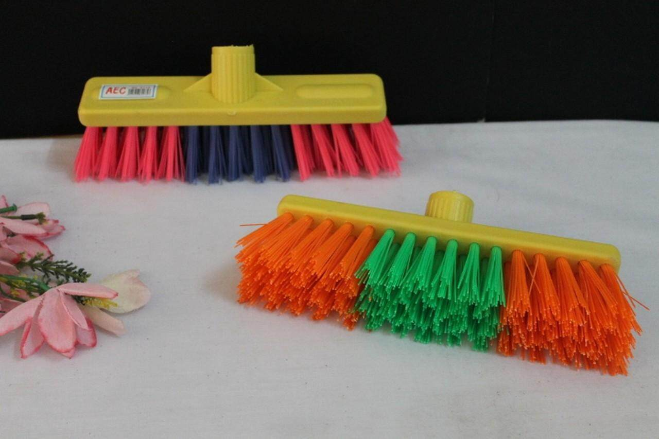 1Pcs  Good Quality Brush Flooring angle 45 degree With Wood Handle for floor cleaning.Ship in 6 hours.