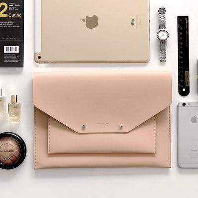 Women Korean Trend Leather Ipad Storage and Travel Handbag