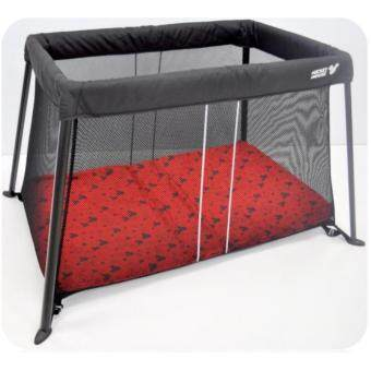 Harga FairWorld Light Weight and Portable Baby Cot / Playpen (BC996-FW)