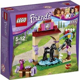 Harga LEGO Friends 41123 - Foal's Washing Station