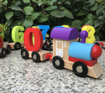 Harga Montessori's Number of learning kindergarten area toy train
