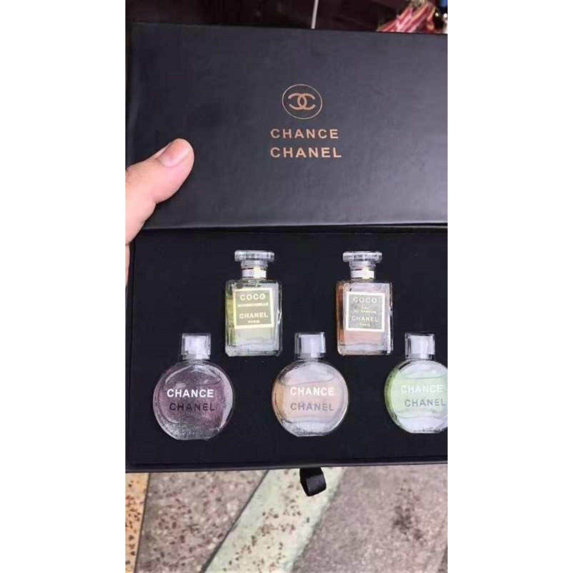 Chanel 5 in 1 Perfume Travel Set Chance and Coco Mademoiselle- RARE