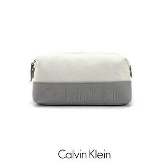 Harga AUTHENTIC CALVIN KLEIN CANVAS TOILETRY POUCH (GERY)