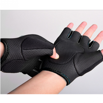 Harga Exercise Training & Fitness Half Finger Protective Gloves -Black [L]