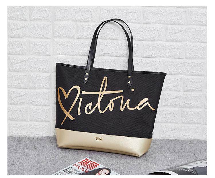 VS Victoria Secret Black Friday Love Zip Tote