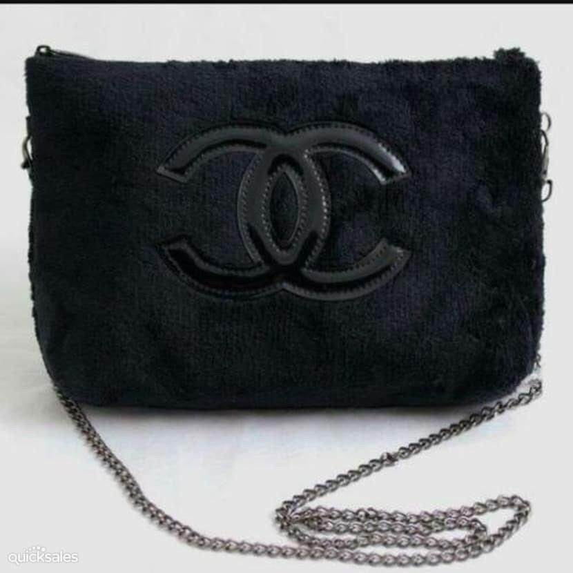 Authentic Chanel VIP GIFT Crossbody Clutch Shoulder Velvet bag