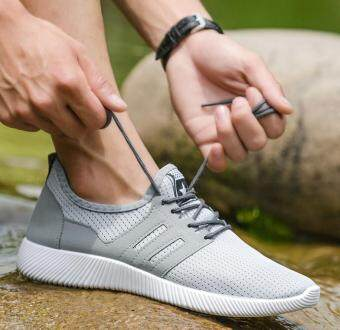Harga Fashion sports shoes for men(Net surface Grey)