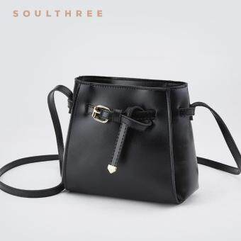 Harga SOULTHREE Bella Leather Sling Bag (Black)