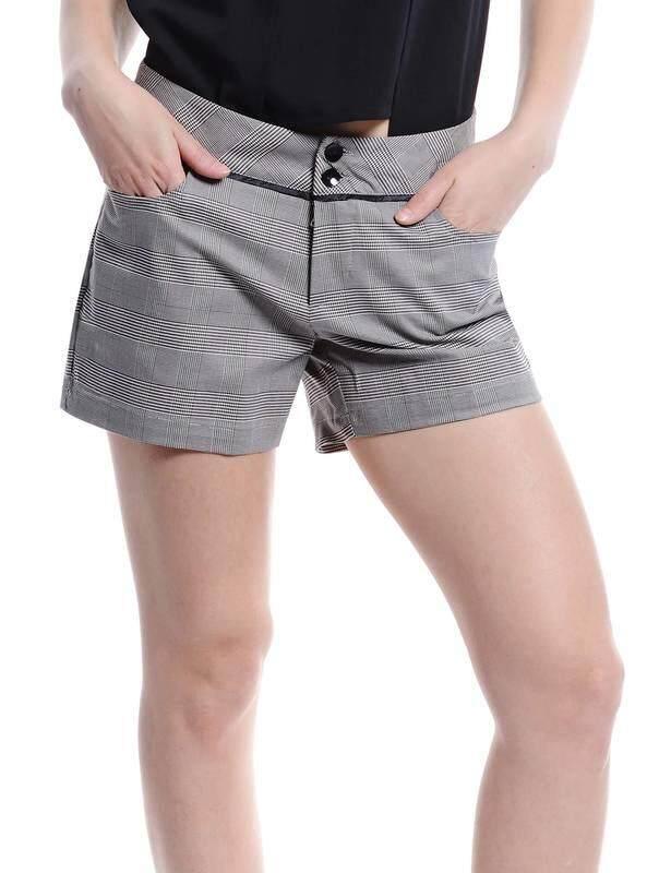 Jazz & Co Women Checked Shorts (Grey)
