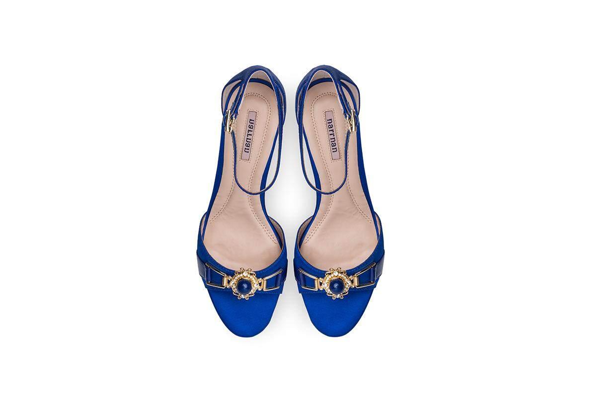 Sun Diamond Blue Sandals