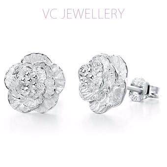 Harga Platinum Plated Sakura Love Earrings