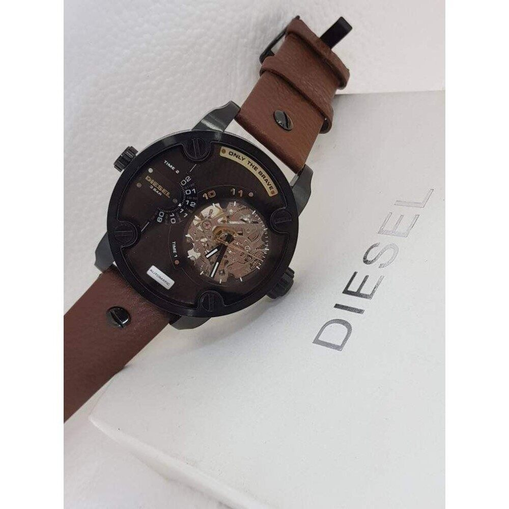 upto 90% Discount( D I E SEL MEN WATCH AUTOMATIC)