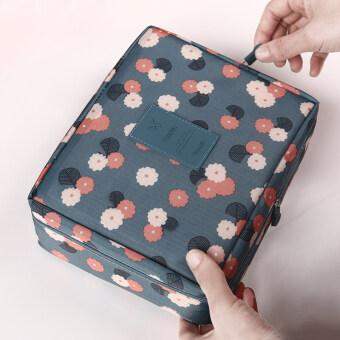 Portable cosmetic bag large capacity hand to get storage bag Korean simple small waterproof travel portable wash products portable