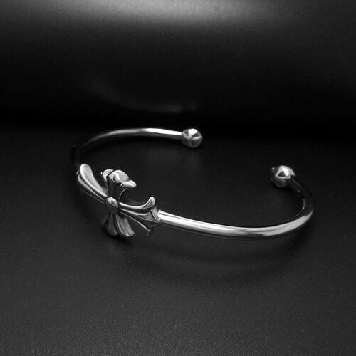 Daya Ambisi Naga Bersama Gaya Gelang Baja Titanium Bukaan Tangan Wreath Pecinta Pasang Pria dan Wanita Gram Luo adalah Jantung Silang Gelang Tangan Ambil Dekorasi-Internasional