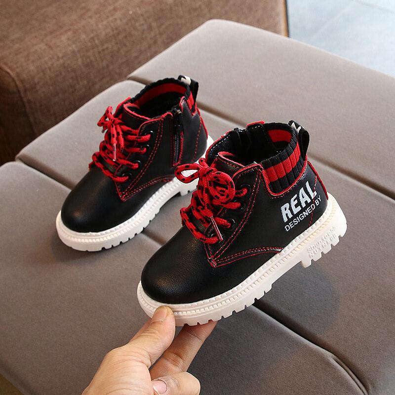 [คลังสินค้าพร้อม] รองเท้าเด็กรองเท้าผ้าใบรองเท้าบาสเกตบอลชายลื่นรองเท้าลำลองรองเท้าเด็กสำหรับรองเท้าวิ่งรองเท้ารองเท้า