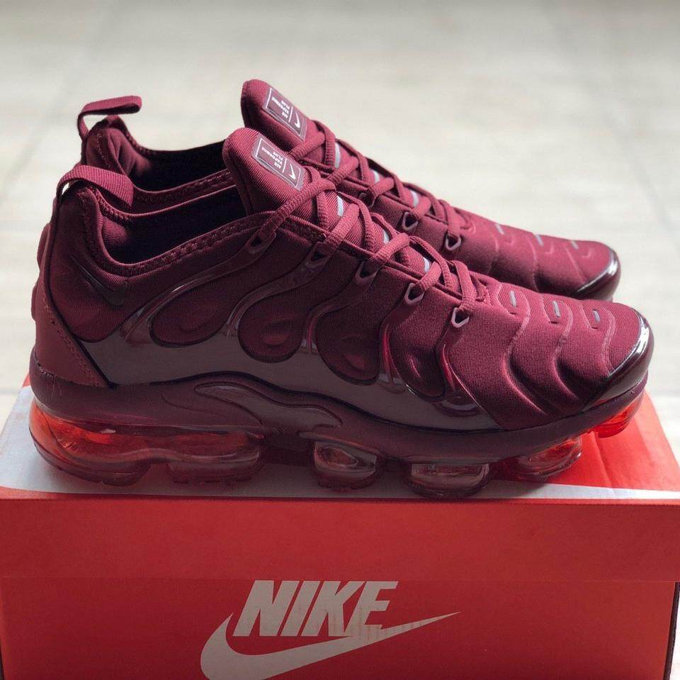 separation shoes c2067 39229 [READYSTOCK] NIKE VAPORMAX PLUS BURGUNDY [40-44 EURO]