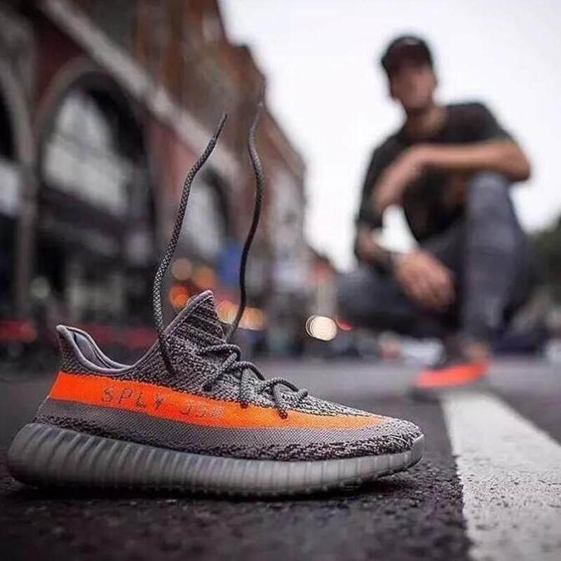 Stok Tersedia   Adidas Yeezy 350 V2 Meningkatkan Sepatu Lari Pria dan d1541eec56