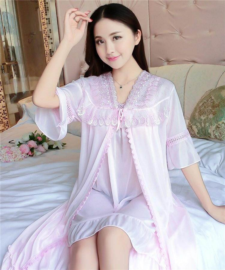 【LIMITED & READY 4 YOU】Soft Women 2pcs Sexy Dress Pyjamas With Premium Grade Quality Silk (Lavender/Red/Pink - Free Size)