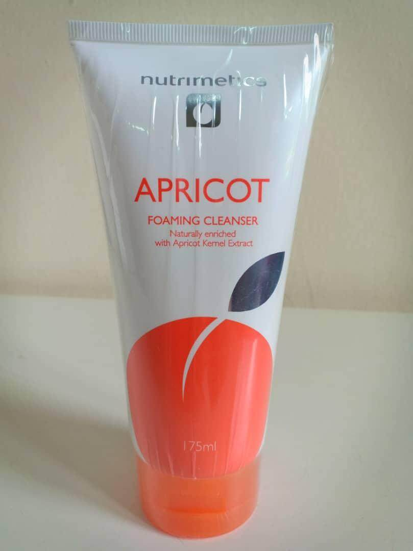 Apricot Foaming Cleanser