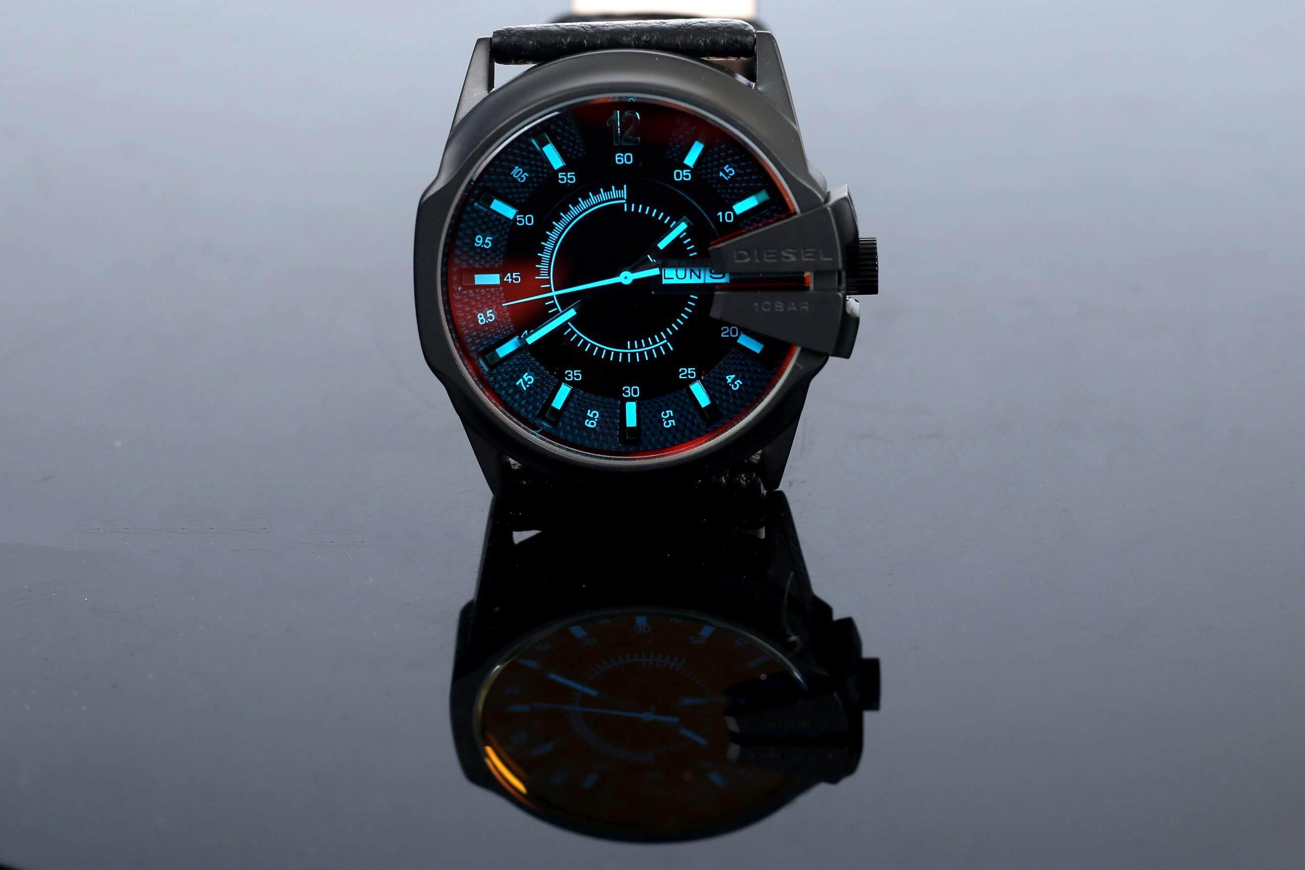 ยี่ห้อนี้ดีไหม  สมุทรปราการ สินค้าของแท้ 100% กันน้ำดีเซลนาฬิกาผู้ชายสไตล์ใหม่! รุ่นสำหรับทหาร. สาม - Eye นาฬิกาจับเวลา Mineral Toughened แก้วกระจกญี่ปุ่นควอตซ์ Core. สายเรซิน